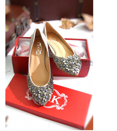 Flat shoes flat heel women's Flowers light mouth nude new spring 2014 point han edition rivets - 100% store