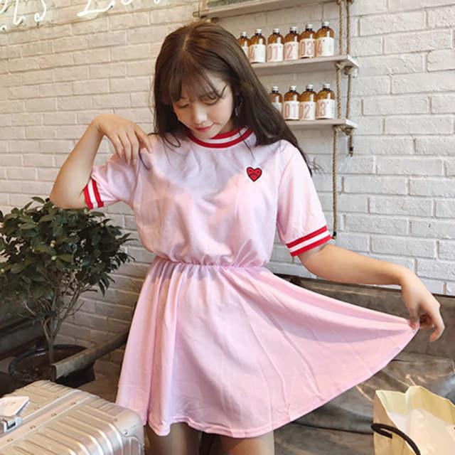 566a90420 Fiodcrg Japonês Harajuku Das Mulheres de Manga Curta Vestido Doce 2019  Meninas Amor Kawaii Vestidos Bordados