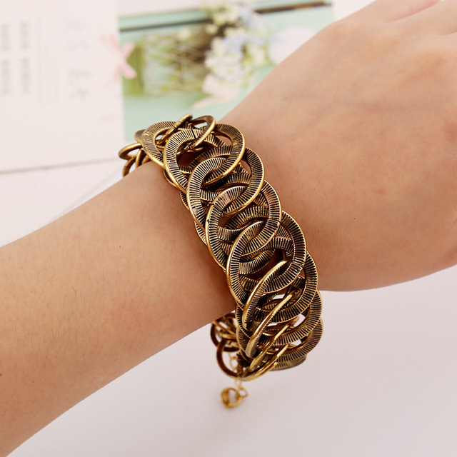 Classic round metal bracelet chain stitching exaggerated hand catenary women BT91