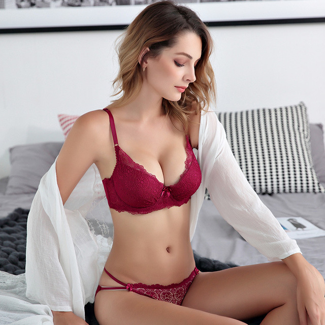 e48aa6df1e005 2018 Lace Bra Set 3 4 Cup adjustable Push up Vs Bra Lingerie Underwear Sets  For Women 70-85 A B C Cup bra and panties