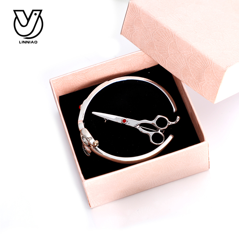 Купить с кэшбэком Fashion Women Bracelets & Bangles For Professional Hairdresser Designer Women Scissor Shape Bracelets
