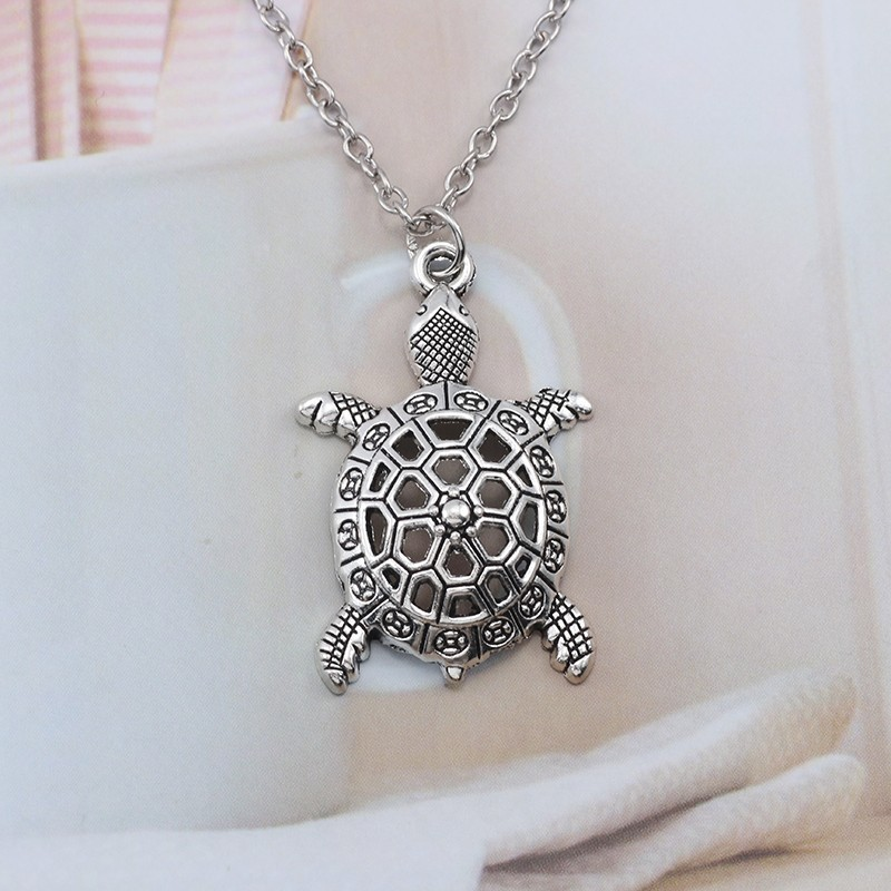 cfc4dc426b Vintage Animal Jewelry Silver Alloy Hollow Sea Turtle Charm Pendant  Necklace Tortoise Cuckold Necklaces Pendants Bijoux Femme-in Pendant  Necklaces from ...
