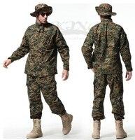 2017 hombres de alta calidad Tactical airsoft uniforme Woodland digital CAMO combate traje Caza ropa uniforme de entrenamiento conjunto