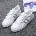 Hot Frete grátis 2017 primavera novas mulheres da moda sapatos de plataforma casuais listrado PU algodão simples mulheres casuais sapatos brancos tênis