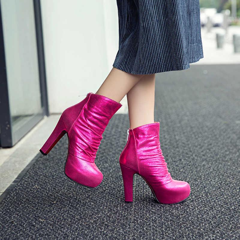 WETKISS Siyah Kış Kadın yarım çizmeler Yuvarlak Ayak Zip Kısa Peluş Ayakkabı Pilili Yüksek Topuklu Kadın Çizme platform ayakkabılar Kadınlar