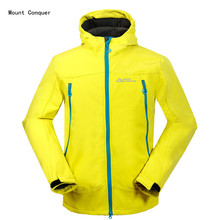 2017 New Mount Conquer Men Softshell Fleece Hiking Jacket Windproof Waterproof Thicken Outdoor Sport Wear Climbing Riding Coat