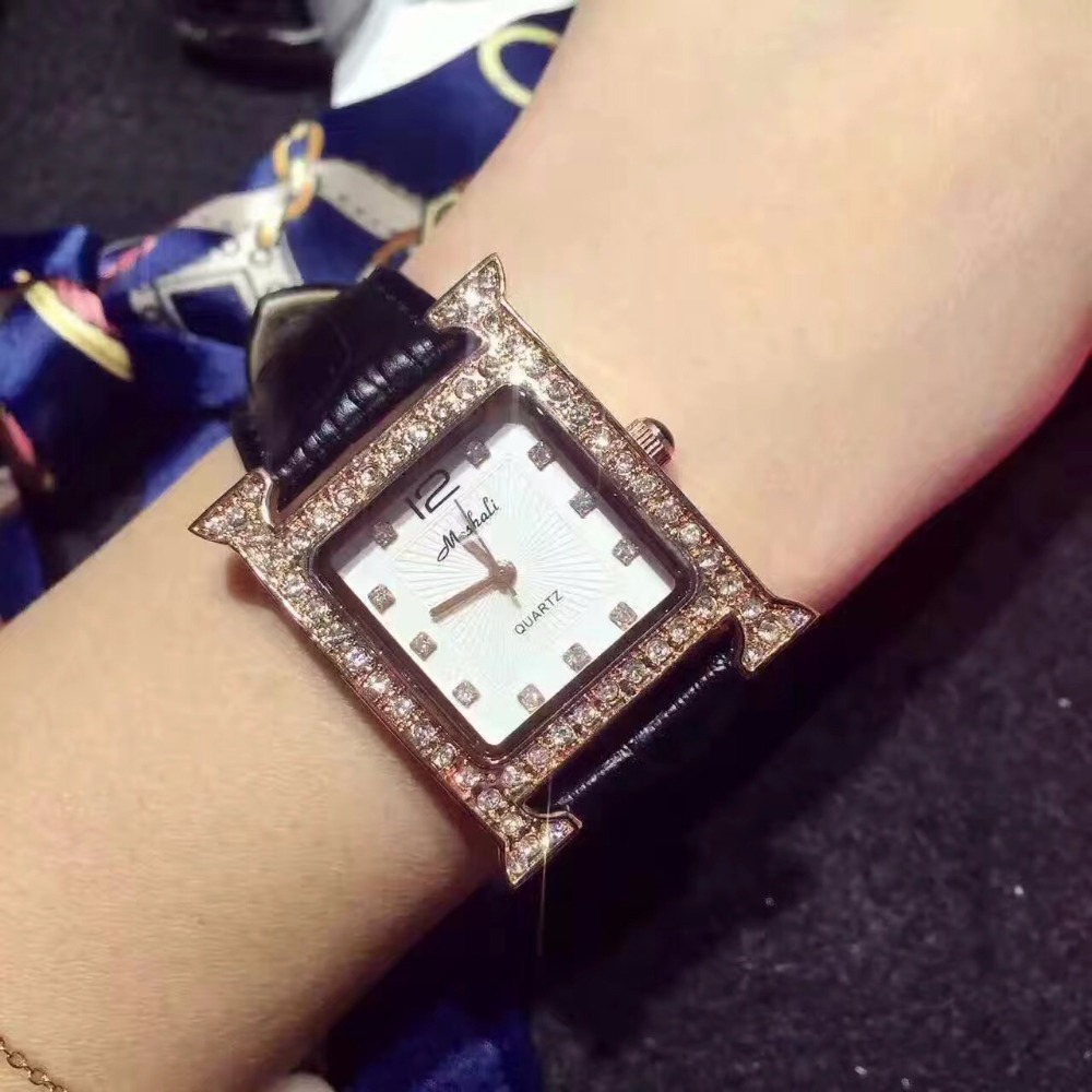 ФОТО 2017 New Arrival Women Fashion Watch Luxury Rhinestone Quartz Watch 7 Color Square Dial Genuine Leather Wristwatches Clocks Hour