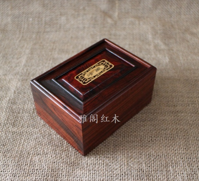 Factory direct red wood jewelry box rectangular jade jewelry storage