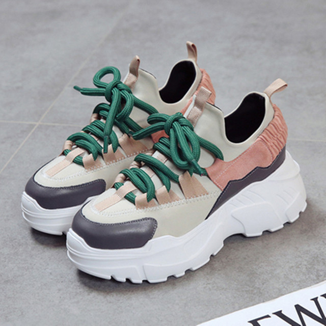 Women Sneakers 2018 New Fashion Women Casual Shoes Trends Ins Female Flats  Platform Spring Autumn Lace Up Shoes Woman Size35-40 5f93b2bdcf2c