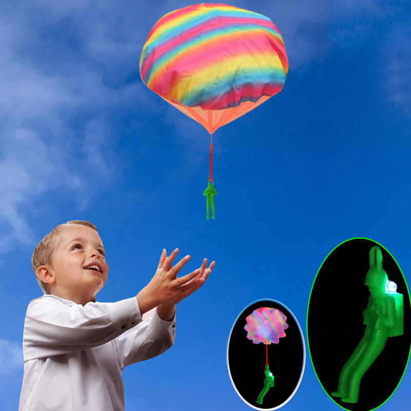 Hand Throwing Soldier Parachutes Kite With LED Light Mini Outdoors Play Flash Parachute Toy Educational Children Toys Kites