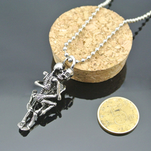 Splendid Infinity Love Necklace Silver Plated Couple Skulls Hug Chain Men's Pendant Necklace 52AN