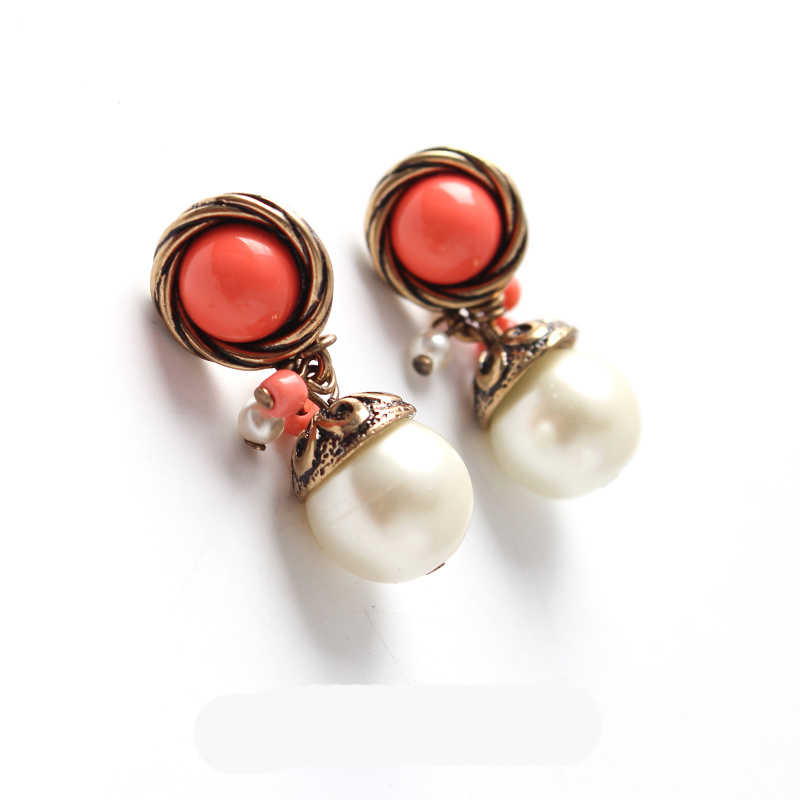 WHOMEWHO Vintage Coral Red Acrylic Bead Pearl Minimalist Earrings Korean Fashion Wedding Jewelry Bridal Ear Party Club Accessory in Drop Earrings from Jewelry Accessories