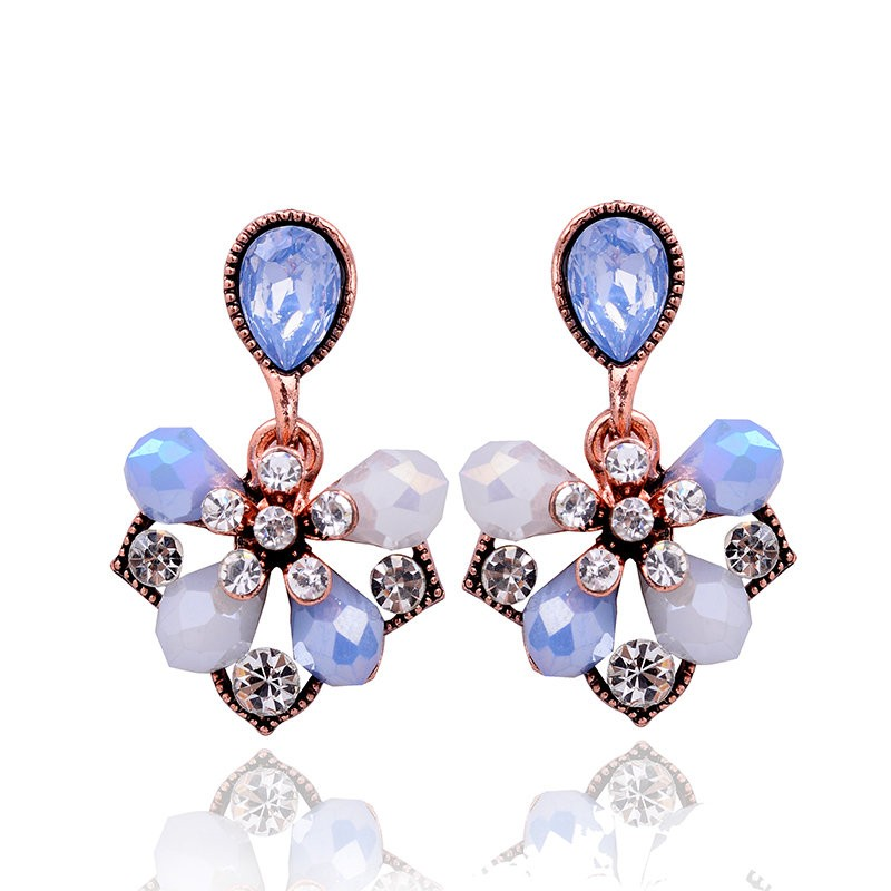 LUBOV Gorgeous Elegant Flower Petals Stud Earrings Fashion Women Rhinestone Earrings Christmas party Jewelry Gift for Girlfriend