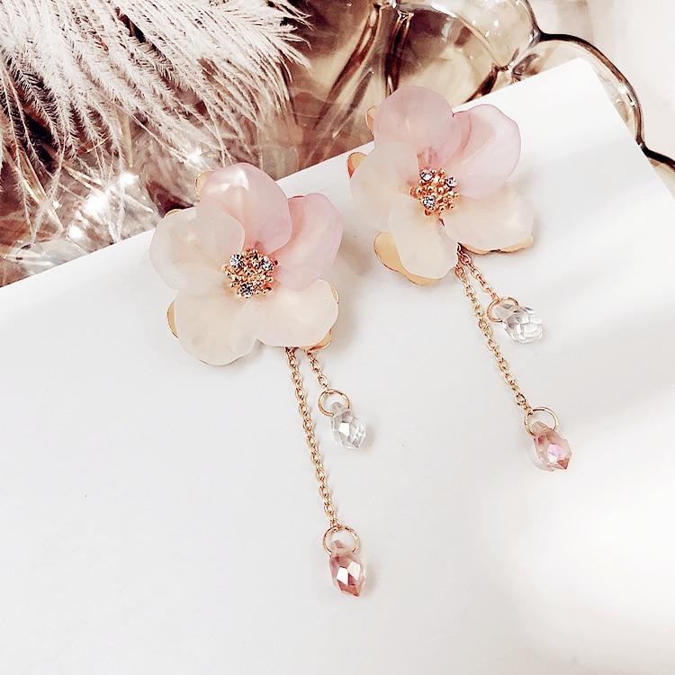 Bohemia Acrylic Plant Women Dangle Earrings Fresh Frosted Petals Dripping Earrings For Women Drops Earrings