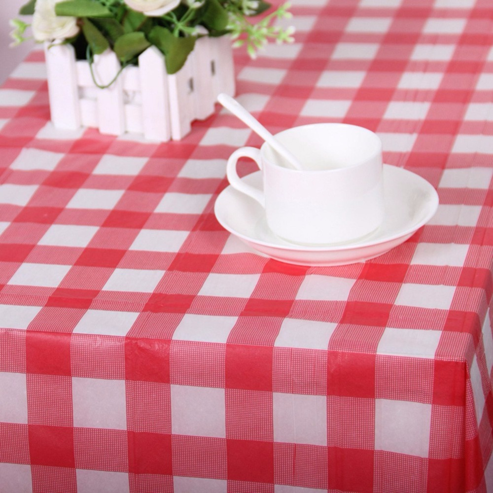 Red Plaid Disposable Plastic Table Covers Tablecloths Outdoor Picnic Party Hot Sale