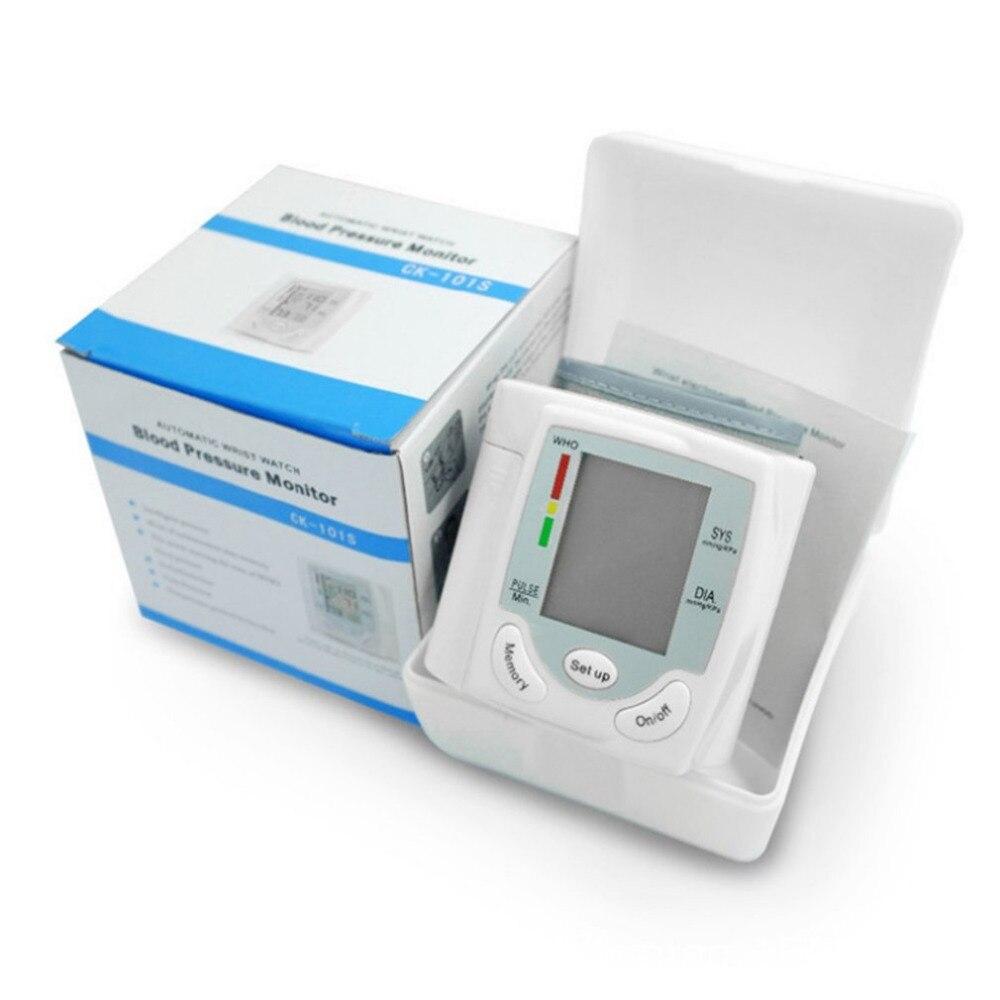 1 Set Automatique Numérique Écran lcd Poignet Tensiomètre Heart Beat Pouls Indicateur Mesure Instrument de Soins de Santé