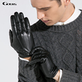 Gours goatskin luvas de couro genuíno dos homens 2016 nova marca de inverno luvas luvas de condução dos homens preto moda mittens quentes gsm011