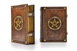 Diario de cuero envejecido diario cuaderno diario libro Medieval con estilo tallado a mano Pentagrama con Marco en relieve profundo
