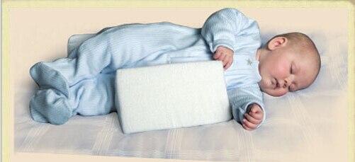 2015 latest design adjustable baby sleep positioner infant safer sleeper wedge anti roll cushion newborn baby pillow