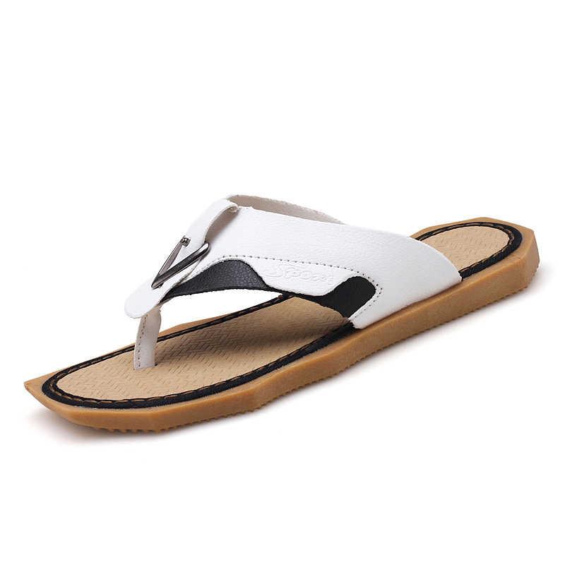 LAISUMK nowych mężczyzna płaskie klapki czarny biały kapcie na zewnątrz lekki mężczyzna lato plaża buty antypoślizgowe prysznic kapcie mężczyźni