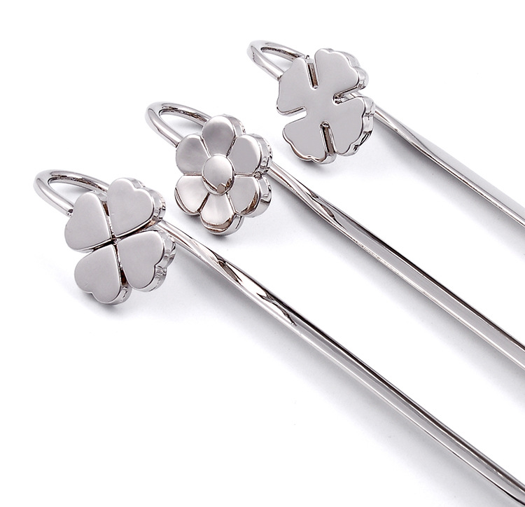 Delicate Clover Metal Bookmark Escolar Paper Book Marks Books Holder School Supplies Free Shipping