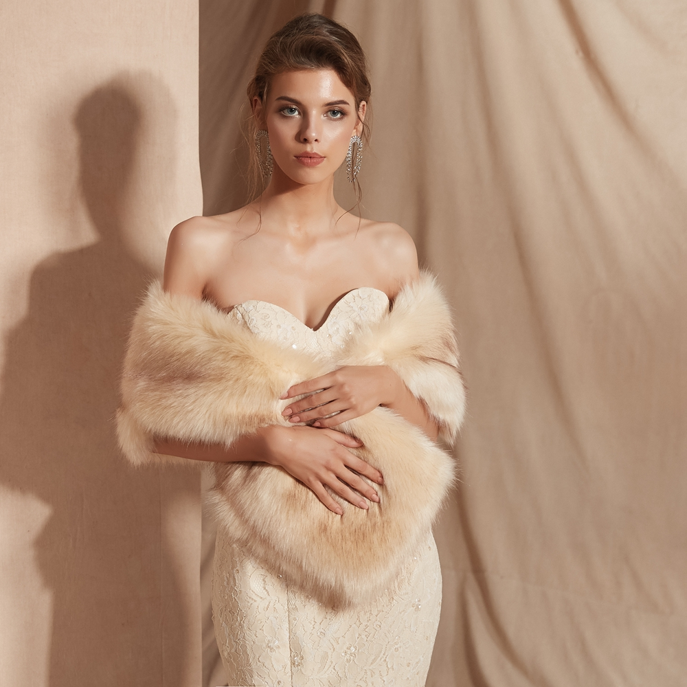 Купить с кэшбэком Women Fur Capes Champagne Wedding Bolero Faux Fur Stole Bridal Jacket Formal Party Shrug Walk Beside You Cape De Mariage