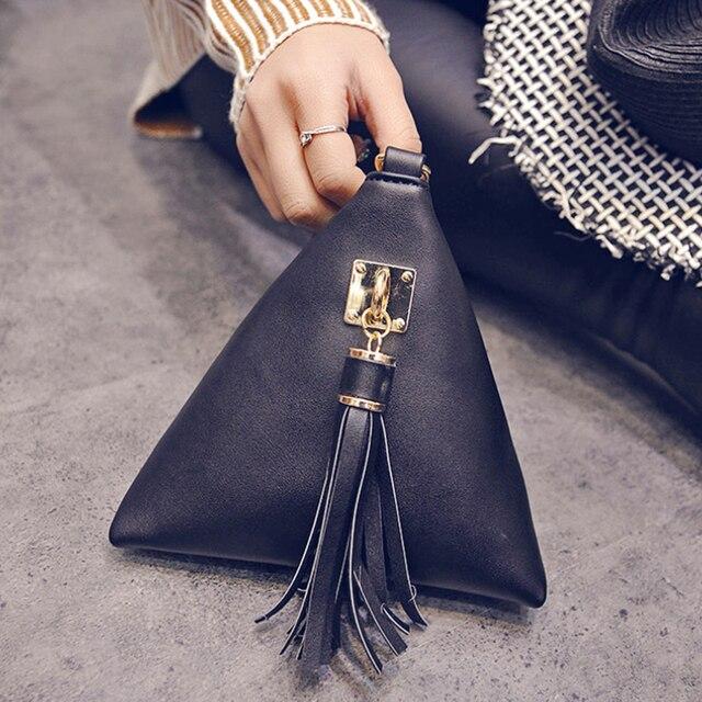 The 2018 Winter Fashion Mobile Phone Bag Korean Women Leisure Small Handbag Simple Trend Tassel