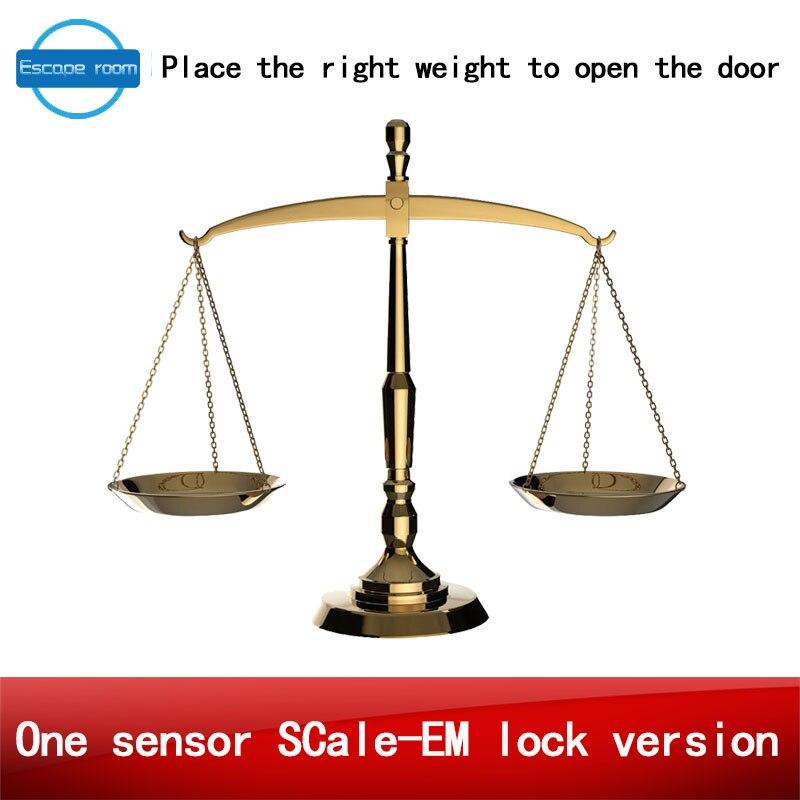 Vraie vie pièce escape jeu poids prop takagisme jeu mettre le bon poids sur la balance capteur pour ouvrir la porte une échelle de capteur