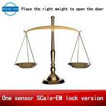 real life room escape game weight prop Takagism game put the right weight on scale sensor to open the door one sensor scale