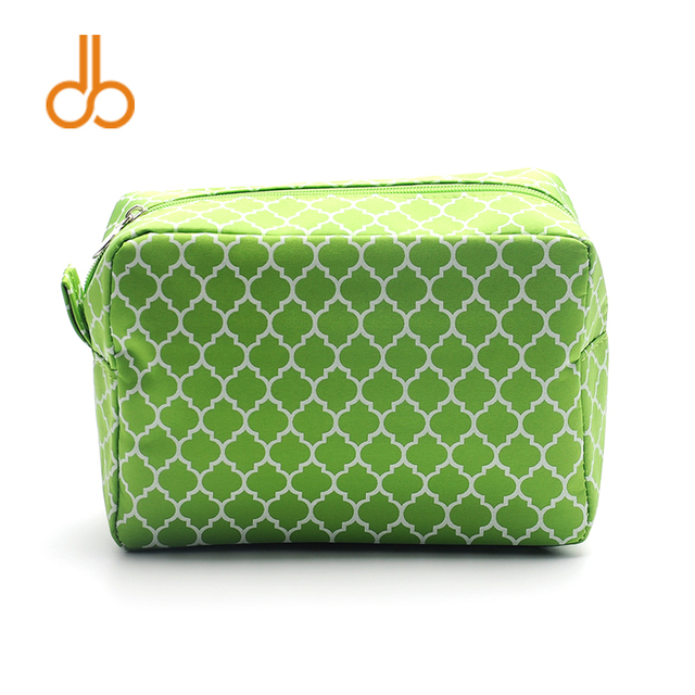 38939a578f Quatrefoil Makeup Bag Wholesale Blanks Floral Cosmetic Bag 7 Colors free  shipping Wedding Gift Bag DOMIL106011