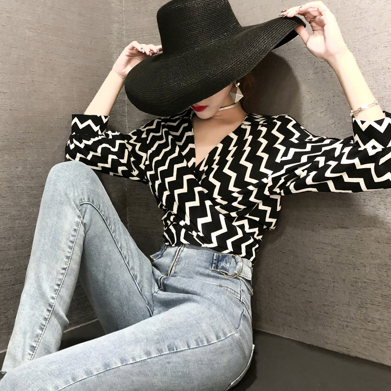 Womens Tops and Blouses 2019 Chiffon Black White Striped Lantern Half Sleeve Bow Blouse Femme Lace Up Peplum Shirts Top DS50594