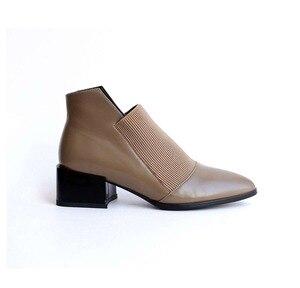 Image 5 - Bottines chelsea souples à ressorts en cuir véritable et à bout pointu, chaussures oxford classiques de couleur unie, de marque, L83, collection printemps