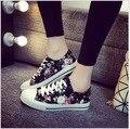 Весна лето Корейский женские модели холст обувь Цветочные кружева низкая, чтобы помочь повседневная обувь Высокого качества для женщин повседневная обувь