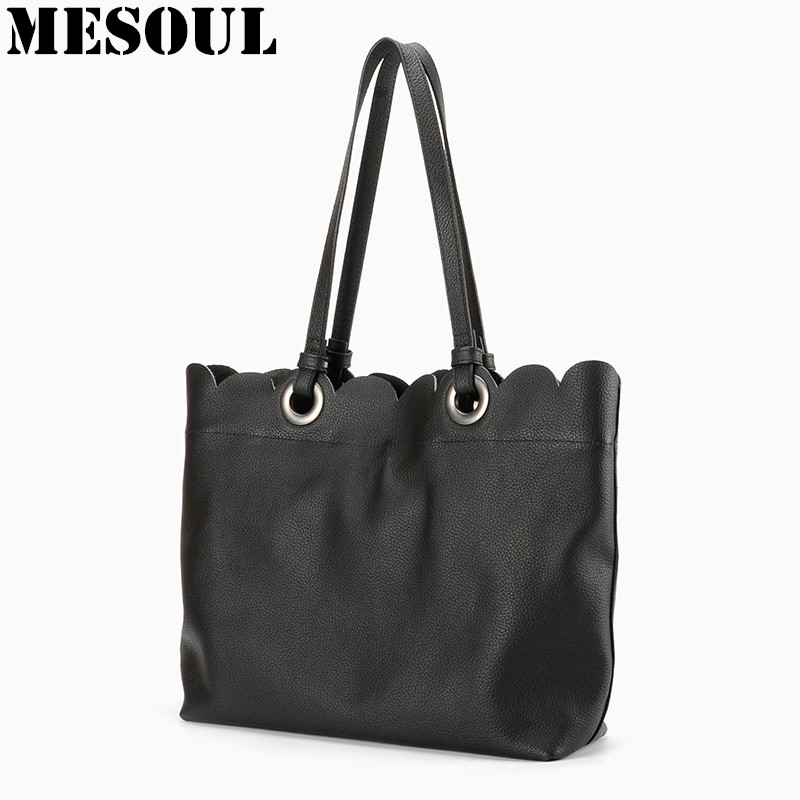 ФОТО 2017 New Arrivals Woman Bags Genuine Leather Handbag Women Fashion Black Tote Lace Design Bag Cross Body Shoulder Bags Female
