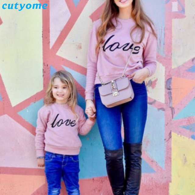 70b61ac8291 Christmas Family Mommy Daughter Clothes Matching Love Letter Hoodies Outfits  Mother And Daughter Autumn Clothing Mom And Me