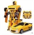 Kingtoy criança de carregamento USB RC carro deformado controle remoto deformado Car Robot Flash mutável para presente do miúdo