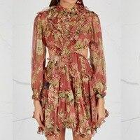 Для женщин высокая шея Бургундия Melody шнуровке мини платье с длинными рукавами Melody Floral print Silk Плиссированное мини платье