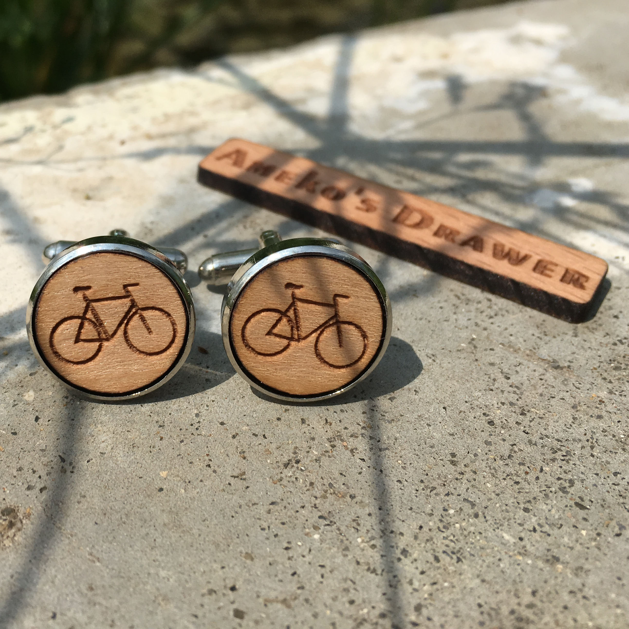 Laser Cut Circle Bicycle Solid Wood Handmade Suit Accessory Bike Cufflinks Sport Wooden Cuff Link X 1 Pair