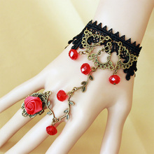 2017 Gothic Vintage Lolita Lace Charm Bracelets Bangle With Red Crystals Rose Ring For Wedding Christmas Party Jewelry