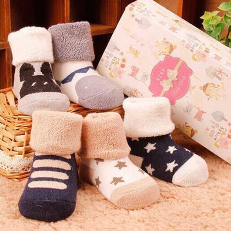 Noworodka bawełna zima jesień dziecko dziewczyny chłopcy dzieci skarpetki niemowlę w paski Terry ciepłe kapcie Star Brand New dzieci Dot 1 para