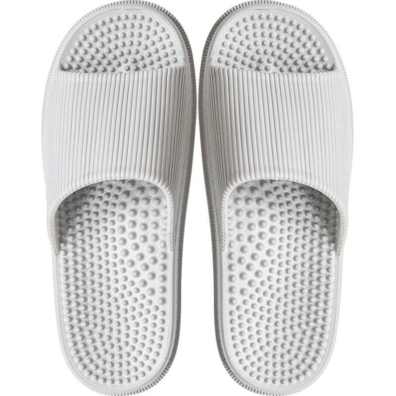 Couple Slippers 2019 Fashion Massage Bath Slippers Anti-slip Soft Bottom EVA Soles Indoor Shoes Men Breathable Bath Shoes Male