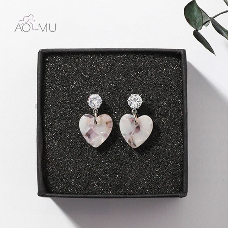 US $1.54 9% OFF|AOMU 2018 New Trendy Korean Japan Girl Sweet Love Heart Acrylic Small Stud Earings Brincos Rhinestone Earings For Women Girl-in Stud Earrings from Jewelry & Accessories on Aliexpress.com | Alibaba Group