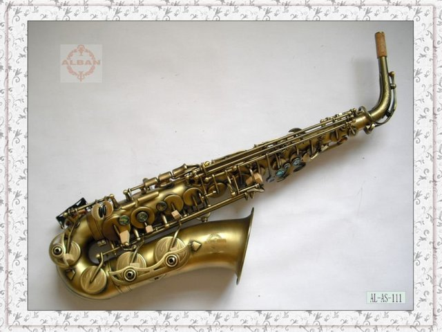 Professional Alto Saxophone with leather suitcase,real Mother of Pearl,Italian pads,free shipping