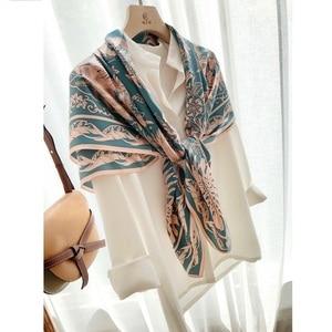 Image 4 - Châle carré en soie 100%, grand Foulard enveloppant de luxe pour femmes, écharpe de luxe, 110cm