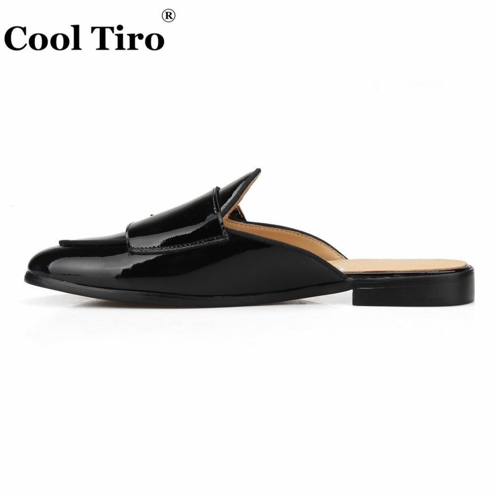 เย็นTiroสีดำสิทธิบัตรหนังล่อผู้ชายรองเท้าแตะสูบบุหรี่ลื่นบนแฟลตแฮนด์เมดDOUBLE MONKชายเสื้อผ้ารองเท้าชายรองเท้าลำลอง-ใน รองเท้าใส่ในบ้าน จาก รองเท้า บน   3