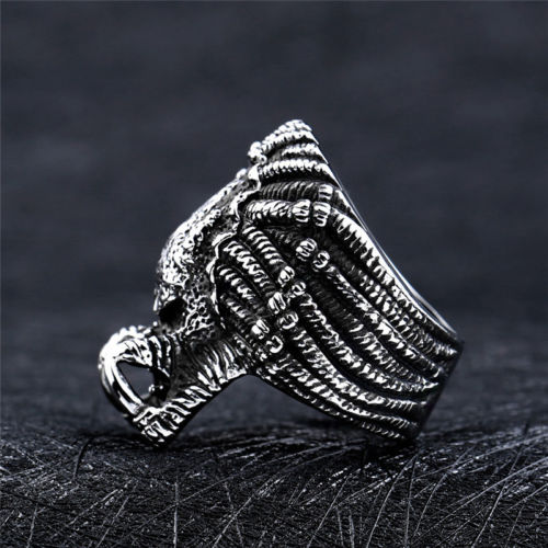 US SHIP Movie THE PREDATOR Stainless Steel Skull Head Titanium Alien Cool Black Ring Fashion Alloy Jewelry Size 7 13 in Rings from Jewelry Accessories