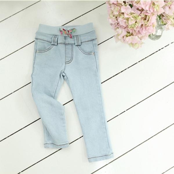Sólido elástico Blue Jeans Pantalones Moda Niñas Bebés Niños Trajes Pantalones Causales 2-7 Años