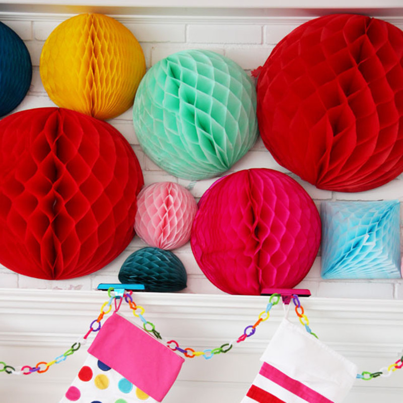1000 pcs 10 inch 25cm Paper Flowers Honeycomb Balls Hanging paper lampion for Wedding Party Christmas Decoration Free Shipping in Lanterns from Home Garden