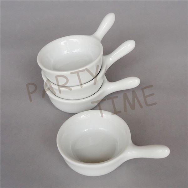 Mini ceramic pickle dish, appetizer dish round tableware sauce dish-in Dishes & Plates from Home & Garden    2