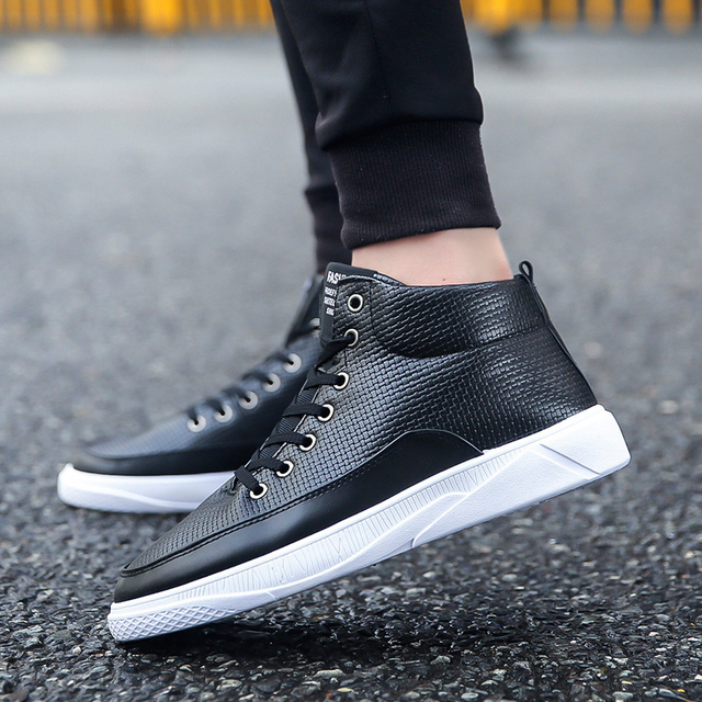 Fashion Men Shoes Boots Men'S Shoes Work Boots Casual Ankle Boots High Top Sneaker Male Footwear New Sizes 39-44